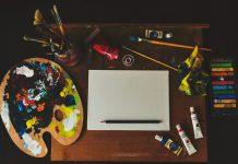 Kunstnernes værktøj. Pensler maling og mere